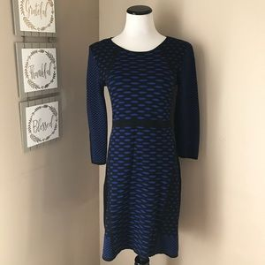Nine West sweater dress EUC black and blue small